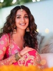 Kiara Advani Stunning Hot Photos 10