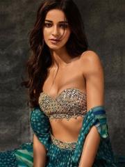 Ananya Panday Glamorous Photos 6