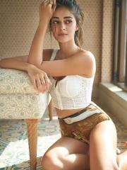 Ananya Panday Stunning HD Pics 7