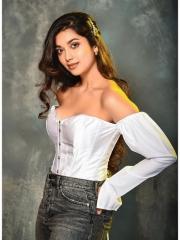 Digangana Suryavanshi Sizziling White Dress 1