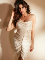 Janhvi Kapoor Mesmerising Clicks 1