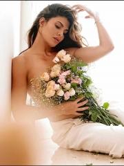 Jacqueline Fernandez Hot Photo 17