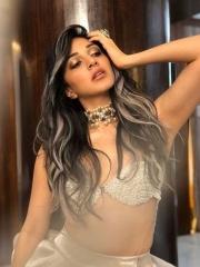 Kiara Advani Stunning Hot Photos 6
