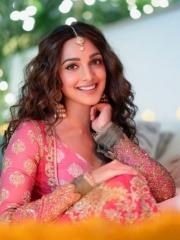 Kiara Advani Stunning Hot Photos 8