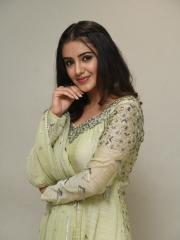 Malvika Sharma New Stills 11