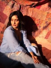Neha Sharma Latest Hot Photos 6